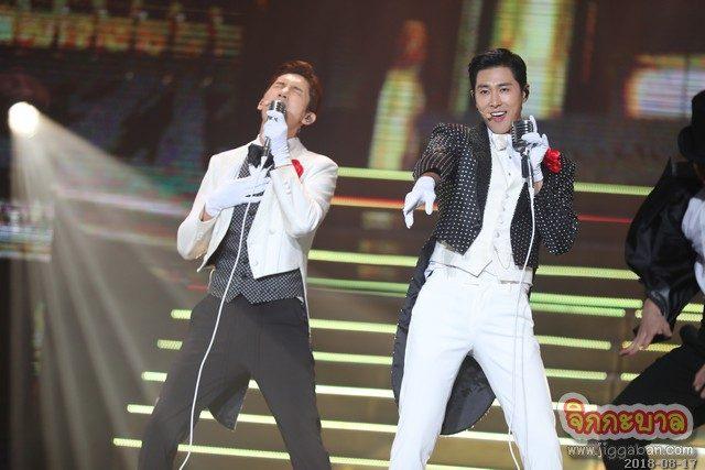 """คอนเสิร์ตที่แสนอุ่น """"4NOGOGUE"""" จัด   """"TVXQ! CONCERT – CIRCLE – #welcome in BANGKOK"""" สุดประทับใจ"""